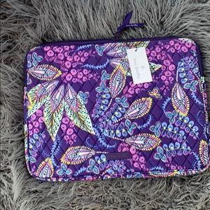 NWT Vera Bradley Laptop Sleeve- Batik Leaves